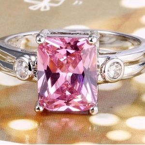Beautiful Pink Sapphire Sterling Silver.925 Ring